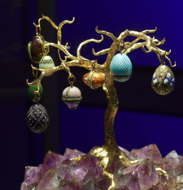 faberge-eggs tree